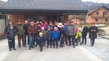 Ob kulturnem prazniku Pavčkov dom obiskali člani društva Turnše – Češenik