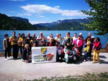 Mirnopeški harmonikarji na Bled po rekord