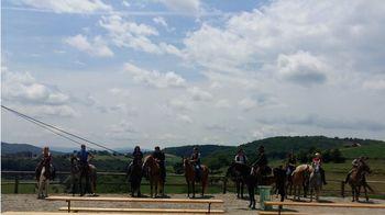 Konjeniški pohod na 18. praznik Občine Mirna Peč