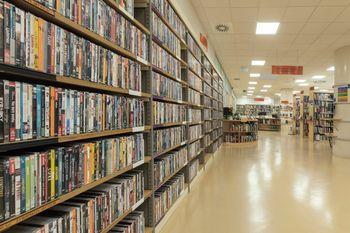 Knjižnica Domžale in enote so odprte po običajnem urniku