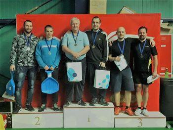 Bronasti na turnirju v badmintonu v BIT centru