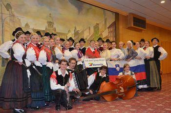 Folklorna skupina na festivalu v Pragi