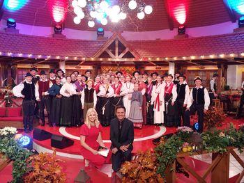 Mengeška folklora odprla sezono s Slovenskim pozdravom
