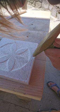 Dotik kamna – kamnoseška delavnica