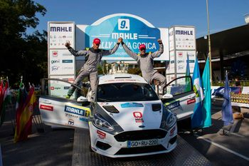 Na rallyju v Novi Gorici zmagovalne stopničke za člana ŠD Gas Kras Jerneja in Gregorja Fakina