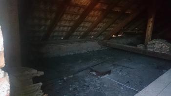 Izolacija stropa v telovadnici ŠD Partizan