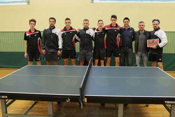 Srečanje generacij namiznega tenisa v Mengšu