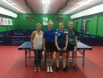 Katarina Stražar in Ana Tofant uspešni na kvalifikacijah