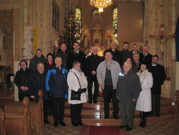Moški pevski zbor Janko Kersnik poje letos v bazilikah