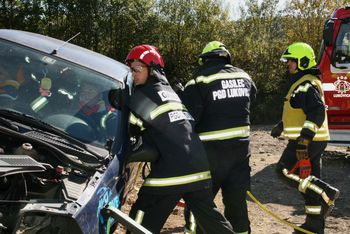 Prevelika hitrost vzrok hude nesreče na Obrtniški ulici v Lukovici