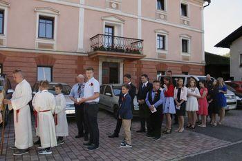 """V cerkvi sv. Tomaža v Krašnji opravili skok v """"krščansko polnoletnost"""""""