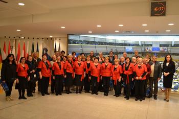 Pevke VEČERNICE in ZARJE, DU Ajdovščina, prepevale v Evropskem parlamentu