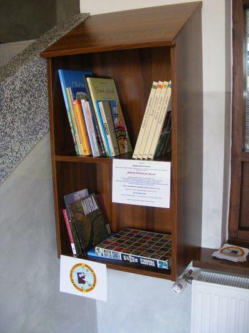 """Otvoritev """"Knjigobežnice"""" in predstavitev projekta """"Bralno potovalna malha"""""""