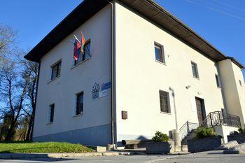 Krajevna knjižnica dr. Jakoba Zupana Šentvid se odpira po običajnem urniku