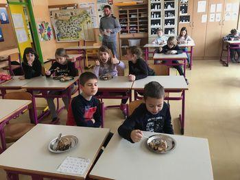 Okusimo tradicionalno slovensko jed