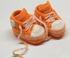 Pletenje copatk za novorojenčke