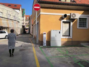 V Zagati v središču mesta odprli polnilno postajo za električna vozila