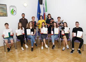 Županjine petice najboljšim osnovnošolcem v črenšovski občini