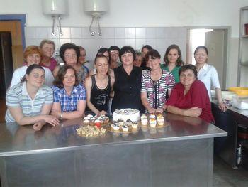 KRAŠENJE TORT IN SLADIC ZA DOMAČO RABO
