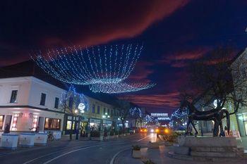 Nakupovanje pod lučkami v Slovenj Gradcu