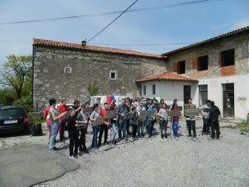 1. majska budnica na Vojščici - Pihalni orkester Komen
