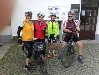 Upokojenci organizirano kolesarimo
