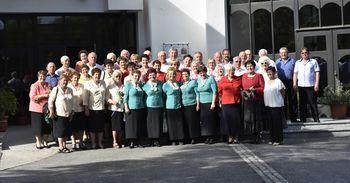 9. srečanje ljudskih pevcev »Zapojmo v čast Sveti družini«