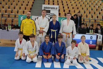 Judoistka Judo kluba Komenda Haya dominirala v dveh starostnih kategorijah