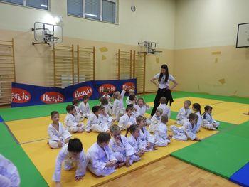 Judo klub Komenda organiziral prijateljsko tekmovanje za najmlajše
