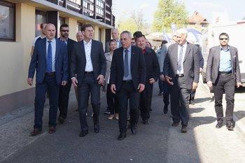 Predsednik vlade Miro Cerar obiskal sejem v Komendi