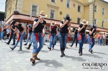 Kavbojski plesi na Brezovici