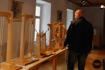 Prikaz delovanja naprav Jurija Vege