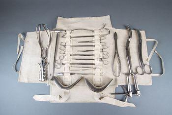 Zakladi iz depojev: Medicinski instrumenti in pripomočki