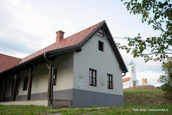 Zlate Stopinje - simpozij v Srebrni hiši v Martinju
