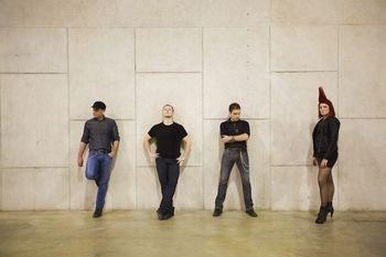 DreamOn z udarnim rockerskim zvokom obujajo zasanjanost in nostalgijo