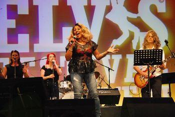 Na izrecno željo pevke, bodo Sam's Fever z orkestrom v Nemčiji spremljali pevsko legendo Darlene Love!