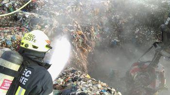 Požar odpadkov na deponiji Publikus d.o.o.