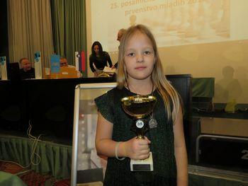 INTI MAČEK državna prvakinja v standardnem šahu