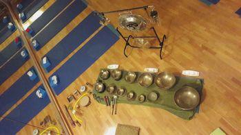 Zvočna kopel s tibetanskimi posodami in gongi
