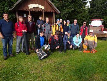 Planinci Planinskega društva Mislinja na prostovoljni akciji na Pohorju