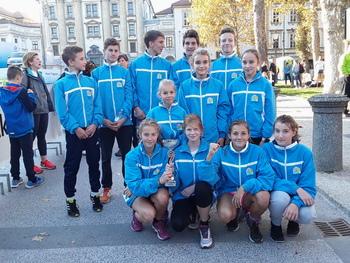 Učenci OŠ Sevnica so državni prvaki v uličnih tekih