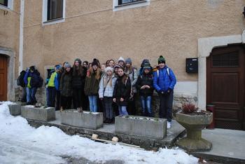 Sedmošolci OŠ Sevnica na Pleteršnikovi domačiji