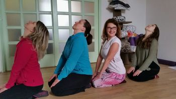 Zimska hormonska joga terapija za nami
