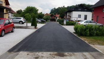 Končana rekonstrukcija neasfaltiranega dela Sadnikarjeve ulice