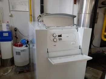 V letu 2018 investicije v Osnovni šoli Mengeš zaključili z vgradnjo nove peči