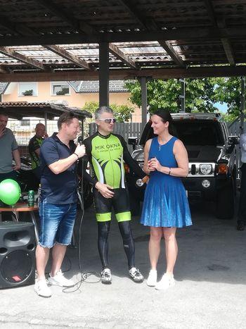 Podjetje Rolete Kosec gostilo kolesarje tradicionalnega, že 14. dobrodelnega kolesarjenja S srcem na kolo
