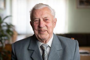 Franc Jerič ob 90-letnici obiskal Petra Krušnika, častnega občana občine Mengeš