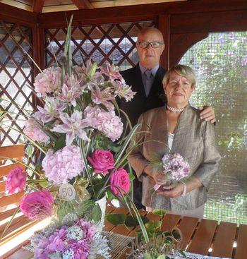 Zlato poroko sta na domačem vrtu praznovala Stane in Majda Golob