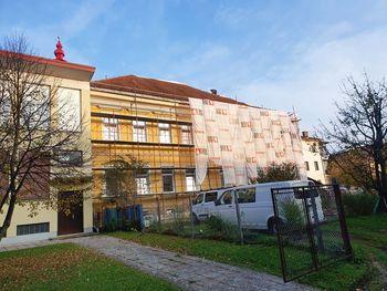 Nujna sanacijska dela na objektu Glasbene šole Domžale, oddelek Mengeš