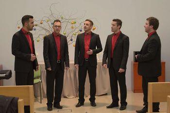 Praznični nastopi kvinteta Aeternum